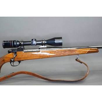 "PREOWNED WEATHERBY MARK V, 30-06, 25"", WBY SUPREME 3-9X44 SCOPE, SLING,  (G49926)"